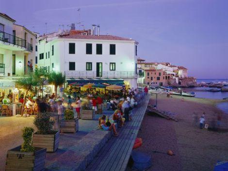 03-gallery-costa-brava-beach_41281_600x450